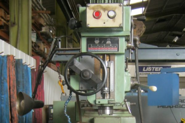 TOS FNK25 Milling Machine